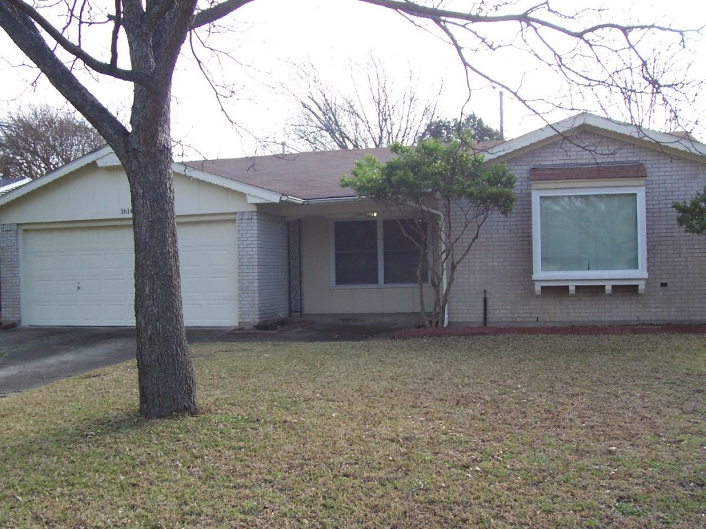 property_image - House for rent in Richardson, TX